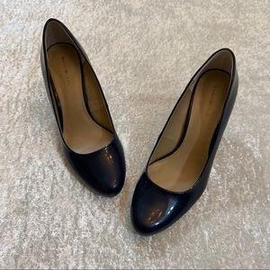 EUC Bandolino Patent Leather Blue Heels Size 9.5
